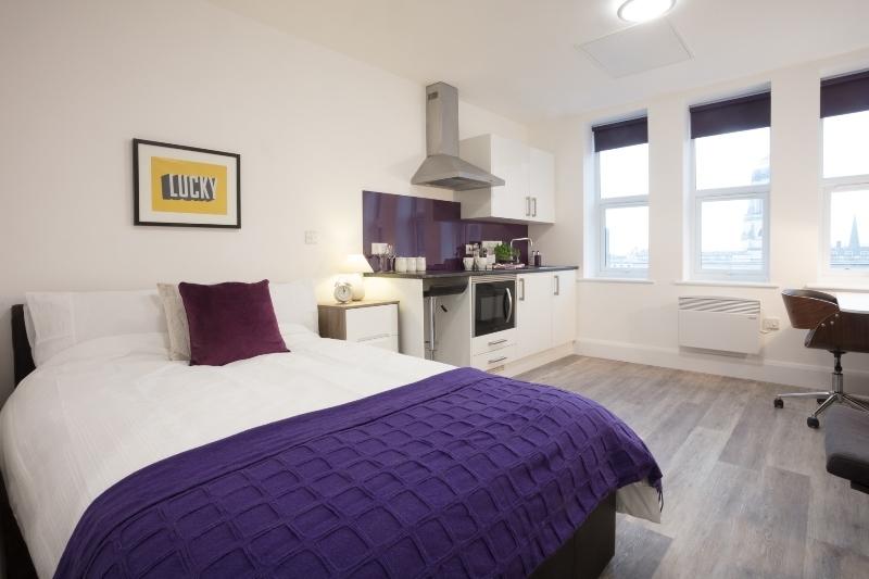 Nottingham Express Building bedroom