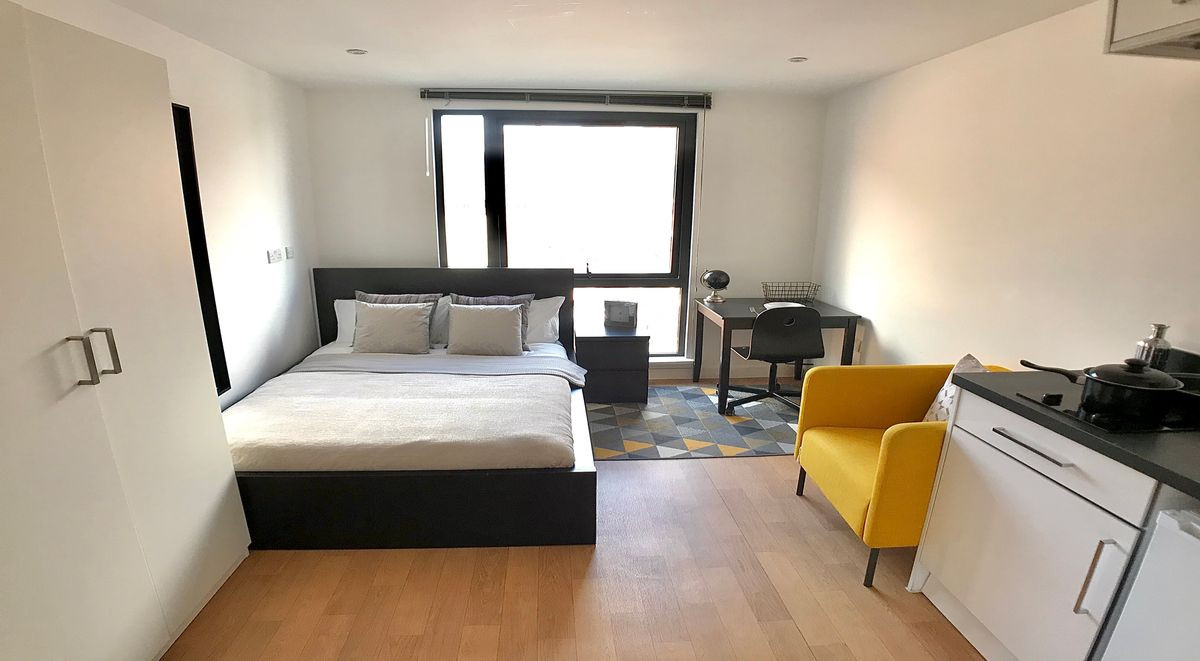 Sheffield private student bedroom westbar house