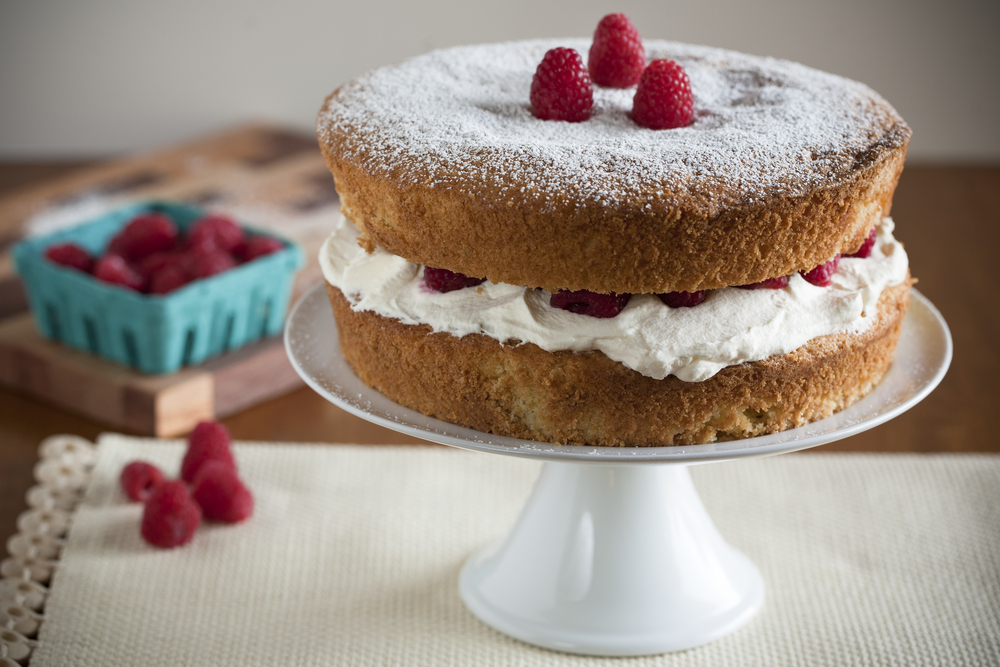 Mother's Day lunch victoria sponge